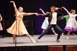 Get Ready to Dance : Preparing for Musical Theatre College Auditions